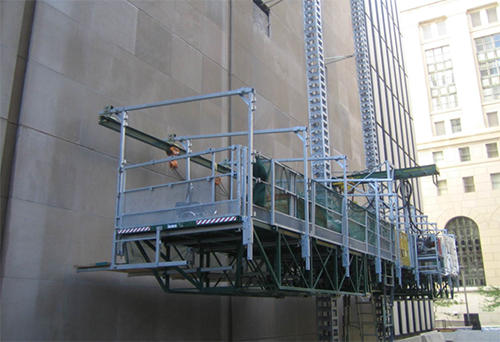 Mast Climber with Non-Swinging Mounted Monorail Hoist | Copyright: Hydro Mobile