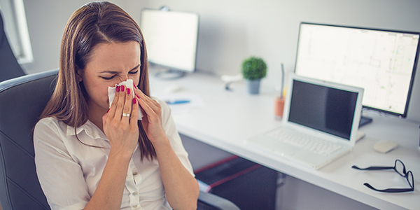 Reduce workers' exposure to the flu with information on basic precautions to take in the workplace. | Photo credit: iStock.com-584608576 Copyright: South_agency