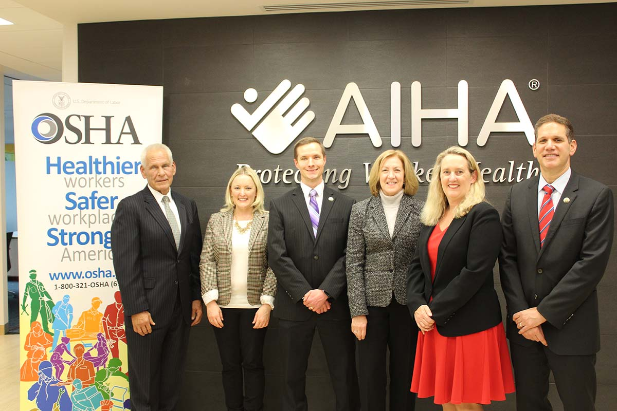 OSHA and AIHA representatives at the Alliance renewal signing ceremony on November 8, 2018.