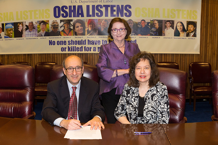 (L to R): Then-Assistant Secretary Dr. David Michaels, USDOL-OSHA; Dr. Michele Sullivan, Board Member, SCHC; and Darlene Susa-Anderson, President, SCHC; at the alliance renewal ceremony on April 13, 2015.