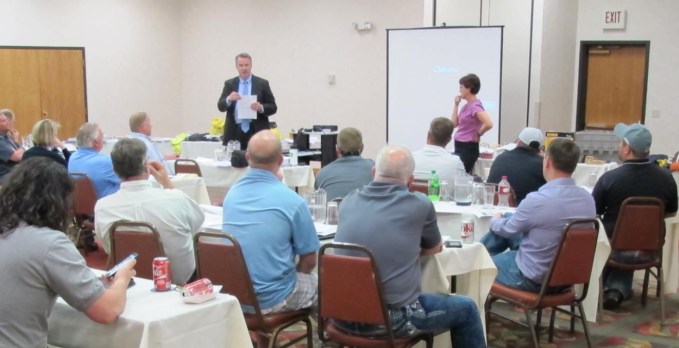 Mr. Jon Puetz and Ms. Shelia Stanley, providing workplace safety and health training to South Dakota AGC attendees.