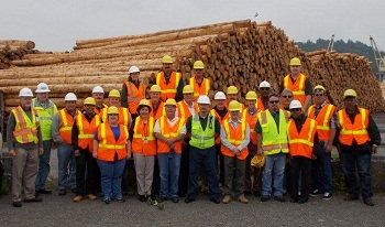 Maritime Advisory Committee members visit a work site in Tacoma, Wash.
