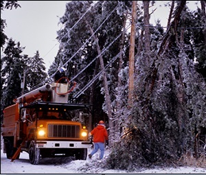 Photo of workers in winter conditions